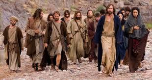 Resultado de imagen para Lucas 8,1: Los doce que siguen a Jesús