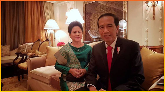 Inilah Video Jokowi Gandeng Mesra Iriana Yang Bikin Warganet Heboh