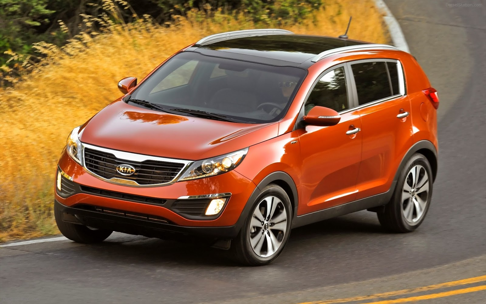 paramount kia asheville 2013 kia sportage sx awd a wonderful compact suv for a bad weather week. Black Bedroom Furniture Sets. Home Design Ideas