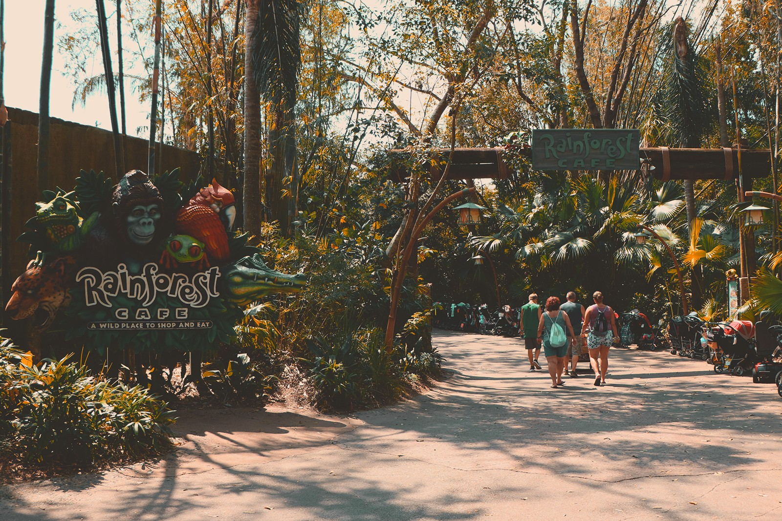 entrada restaurante rainforest cafe