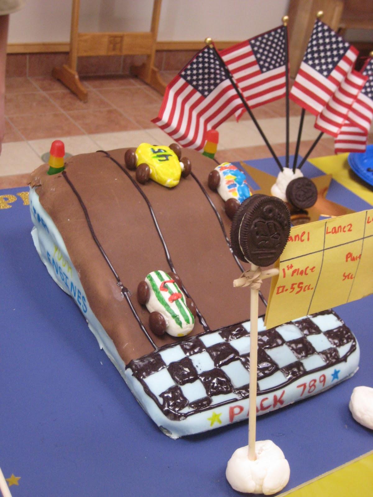 Shutterbugs: Cub Scout Cake Bosses