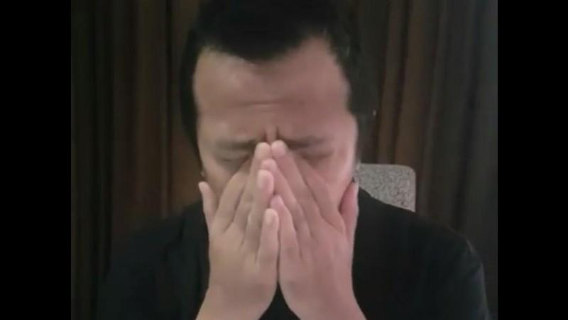 Ustaz Yusuf Mansur menangis