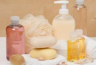 Lebih Baik Mana untuk Kesehatan Kulit Sabun Cair Atau Batang?
