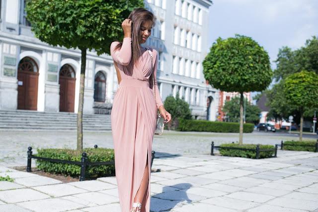 Trzy stylizacje z sukienkami - Czytaj więcej