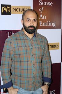 Nimrat Kaur and Naseeruddin Shah at Special Screening Of movie The Sense Of An Ending 16.JPG