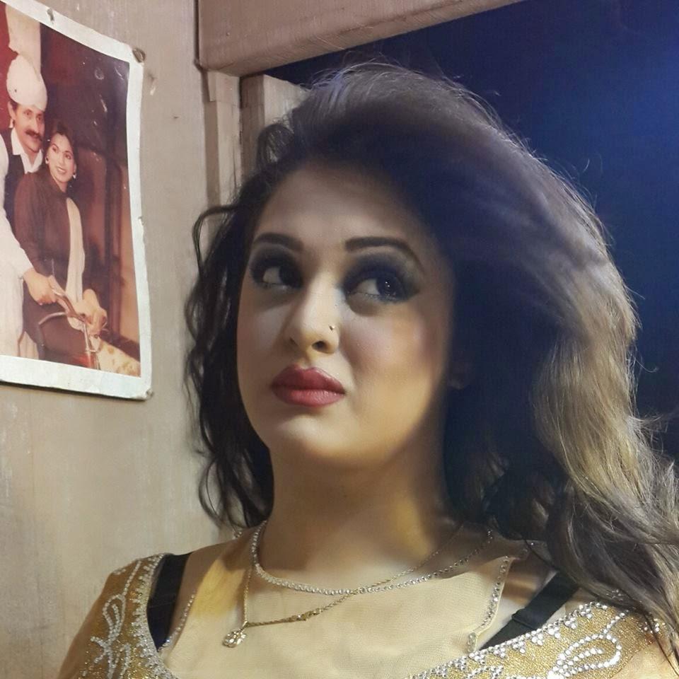 Pakistani Hot Mujra: Priya Khan New Hit Song