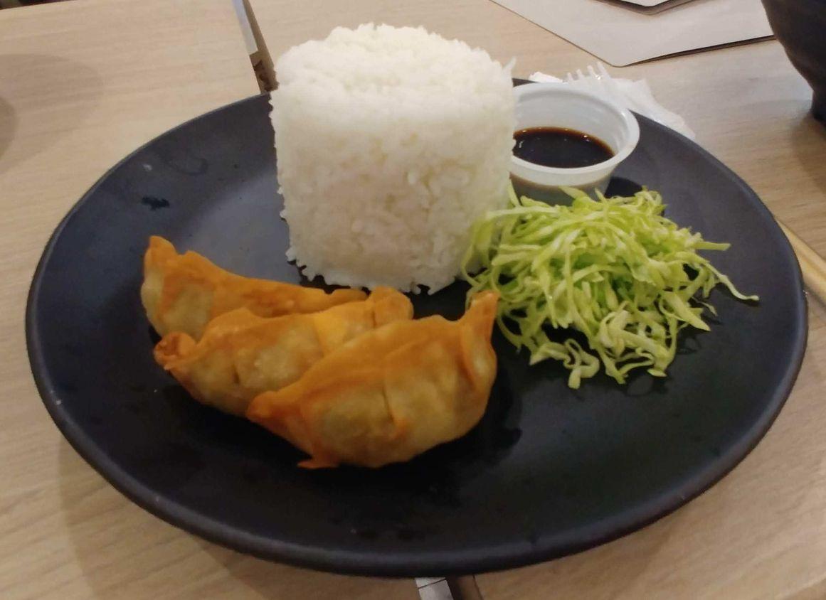 Tomochan Ramen Express' gyoza rice