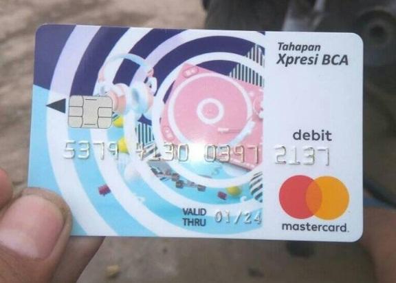 Cara Ambil Uang di ATM BCA