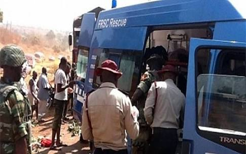 I8 Killed In Fatal Accident On Lagos-Ibadan Expressway