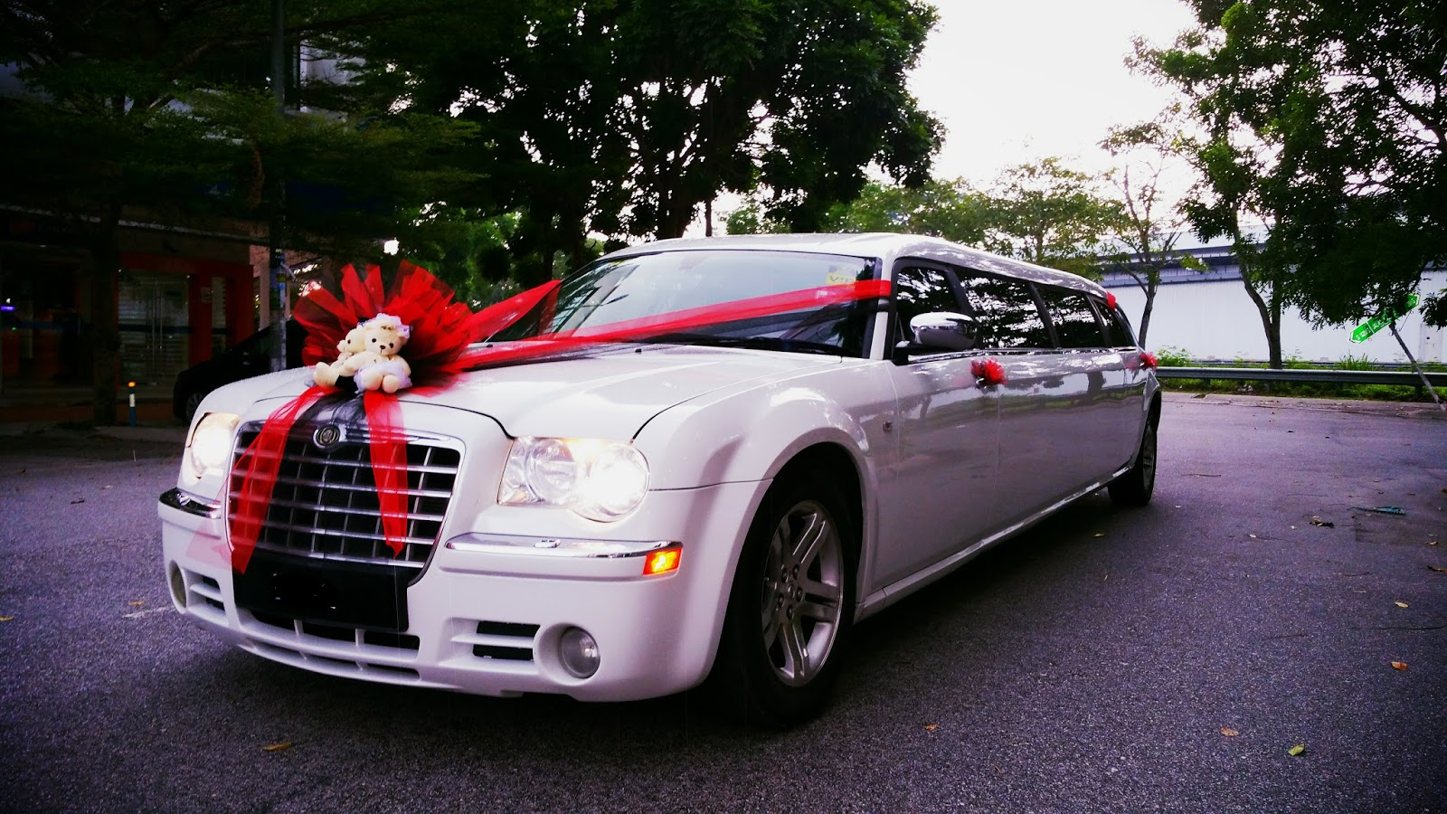 RedOrca Malaysia Wedding and Event Car Rental: Chrysler 300 ...