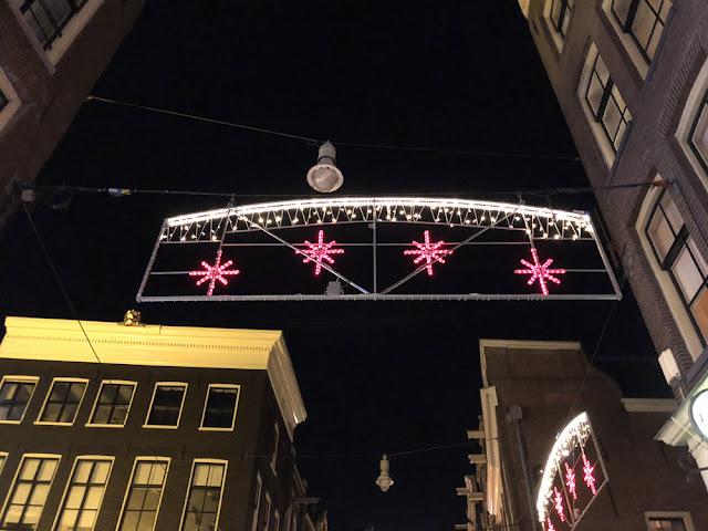 Kurkistus Amsterdamin punaisten lyhtyjen alueelle 7