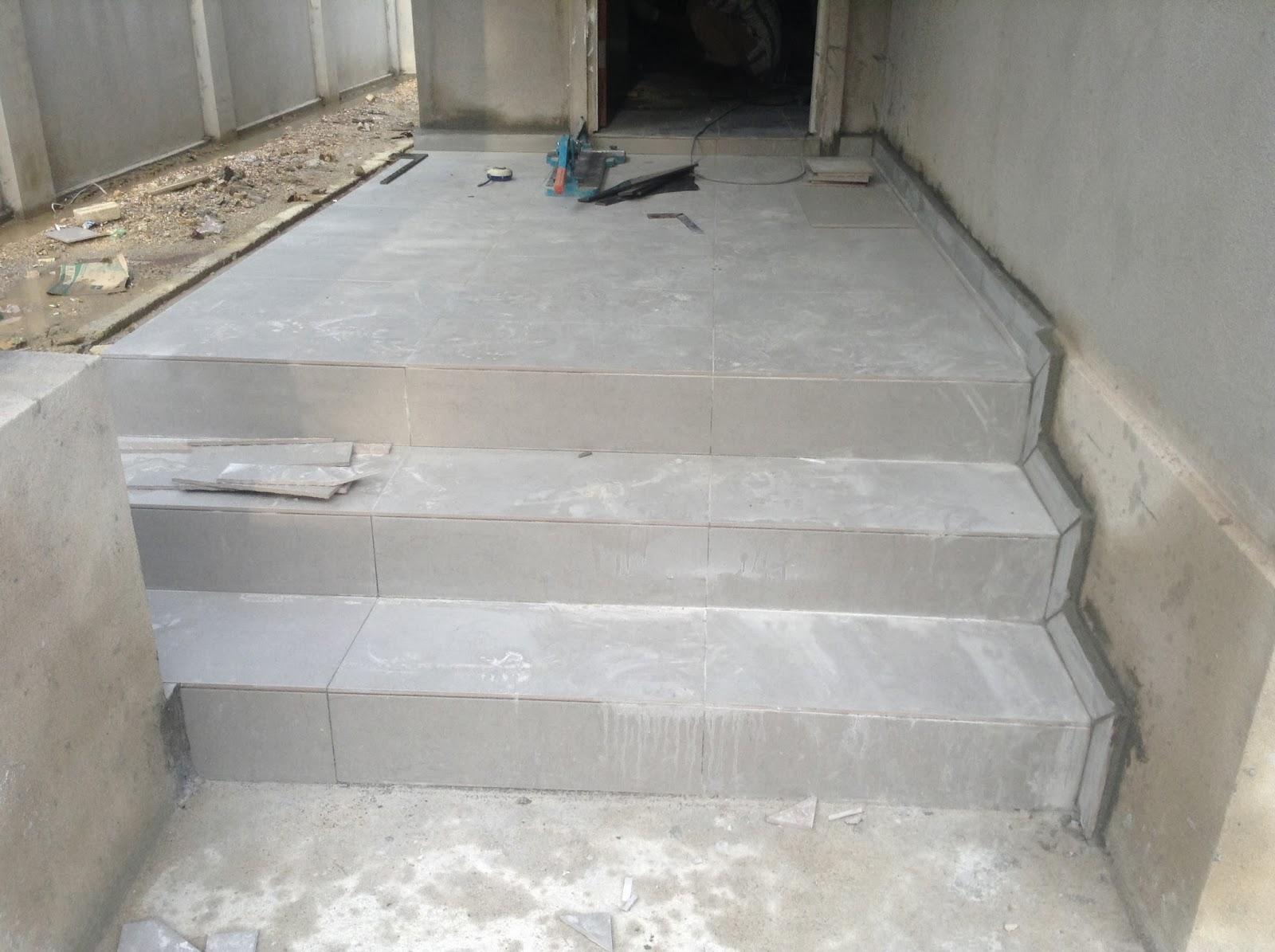 Beranda Belakang Rumah Menggunakan Tiles 2 X1