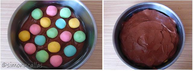 Tort de ciocolata cu bile din cocos b