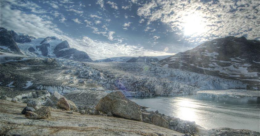 Descubren un «Gran Cañón» bajo el glaciar más grande de Groenlandia