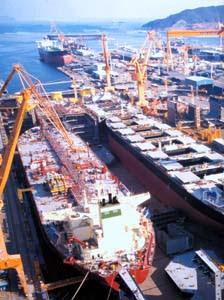 La Corea del Sud assicura sostegno finanziario alla navalmeccanica