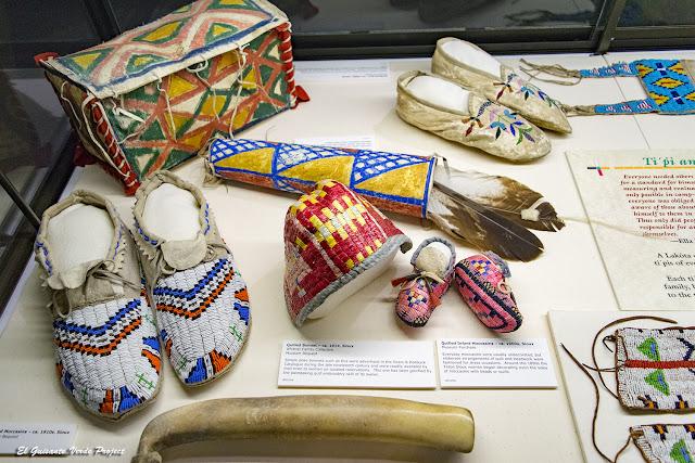 Akta Lakota Museum - Chamberlain, Dakota del Sur por El Guisante Verde Project