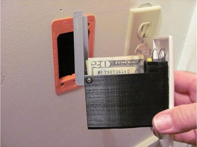 Você está cansado de seus filhos tirarem seu dinheiro da sua carteira ... Temos certeza de que eles nunca o encontrarão lá dentro!