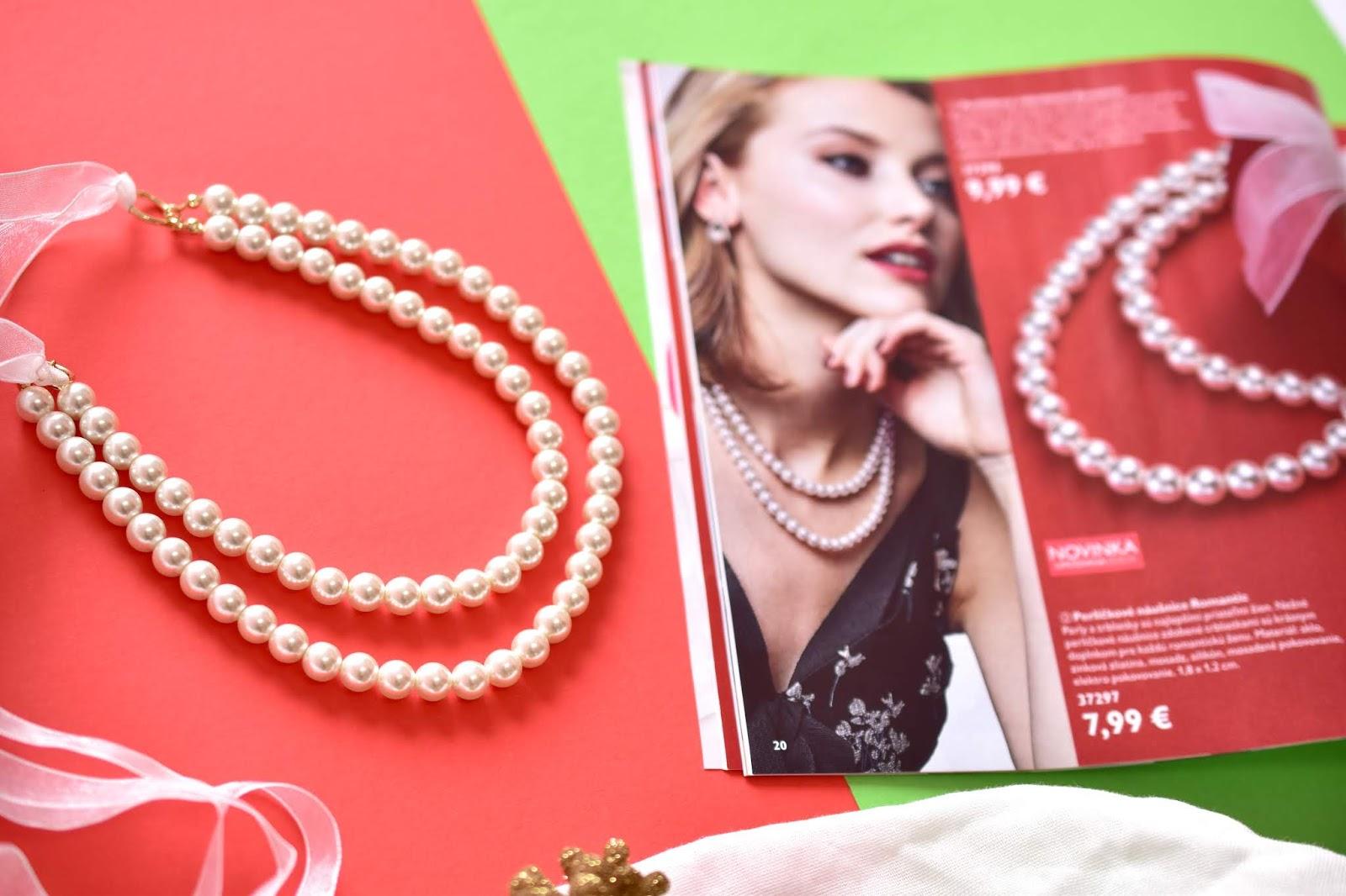 perličkový náhrdelník Oriflame
