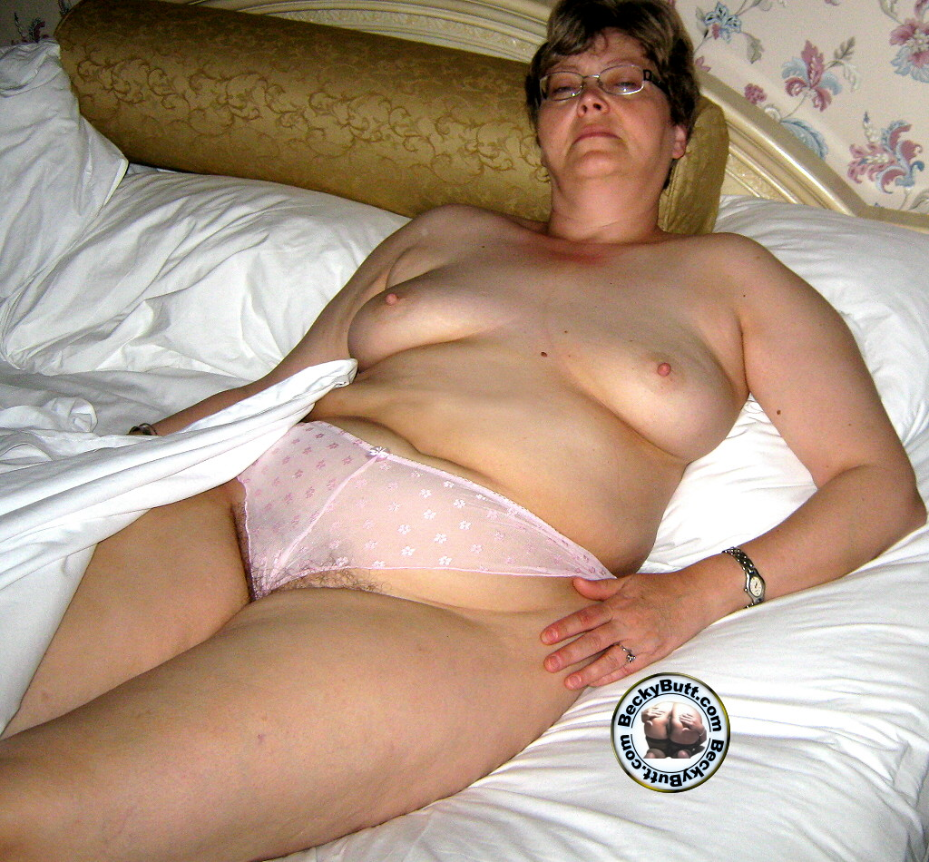 Cheating wife with bbc at home 4