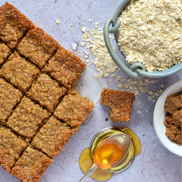 'Best Flapjacks Ever' from Apply to Face Blog
