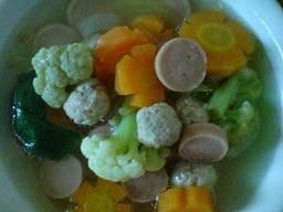Foto Cara Membuat Sup Sosis Sayuran Ala Kimbo Sederhana Spesial Asli Enak.
