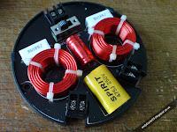 Vibe SEK60 Speaker Crossover Internals