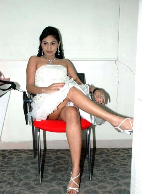 Hot Actress Upskirt Pics  Mytopgallery-Latest Bollywood-3141