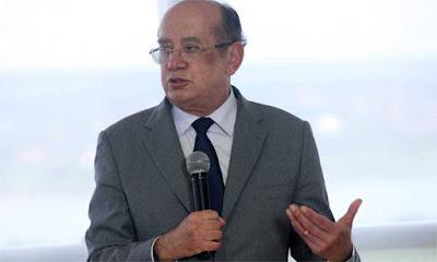 Aos gritos de 'Fora, Gilmar', passageiros hostilizam ministro do STF