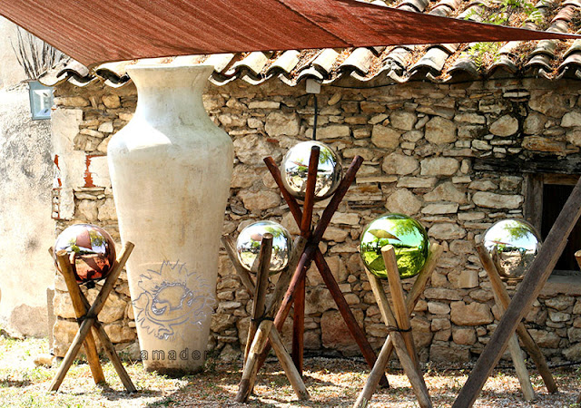 amadera meuble et d coration le charme thique du mexique authentique boules de d coration. Black Bedroom Furniture Sets. Home Design Ideas