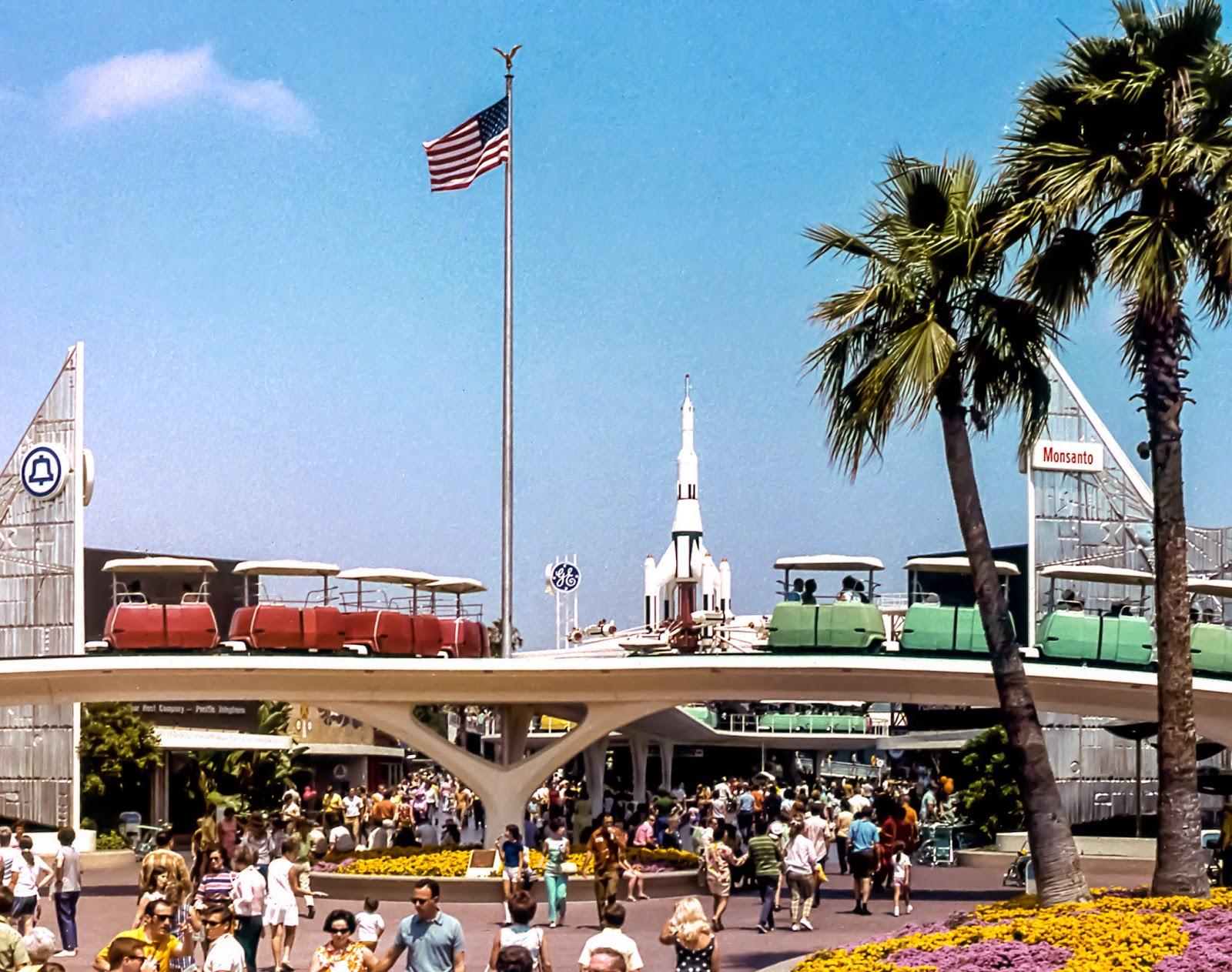 Mickeyphotos Disneyland S Tomorrowland With The