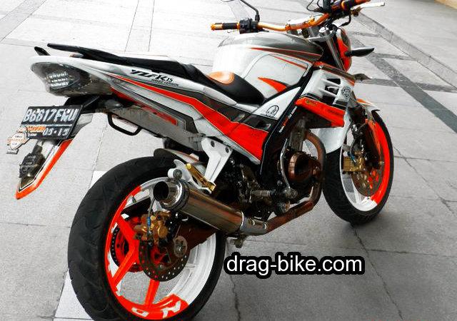 Foto Gambar Motor Modifikasi Vixion Street Fighter Monster Terbarik