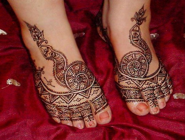 Mehndi Henna Clothes : Mehndi designs legs pictures new