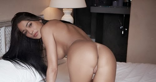 Naked pictures of white girls big ass