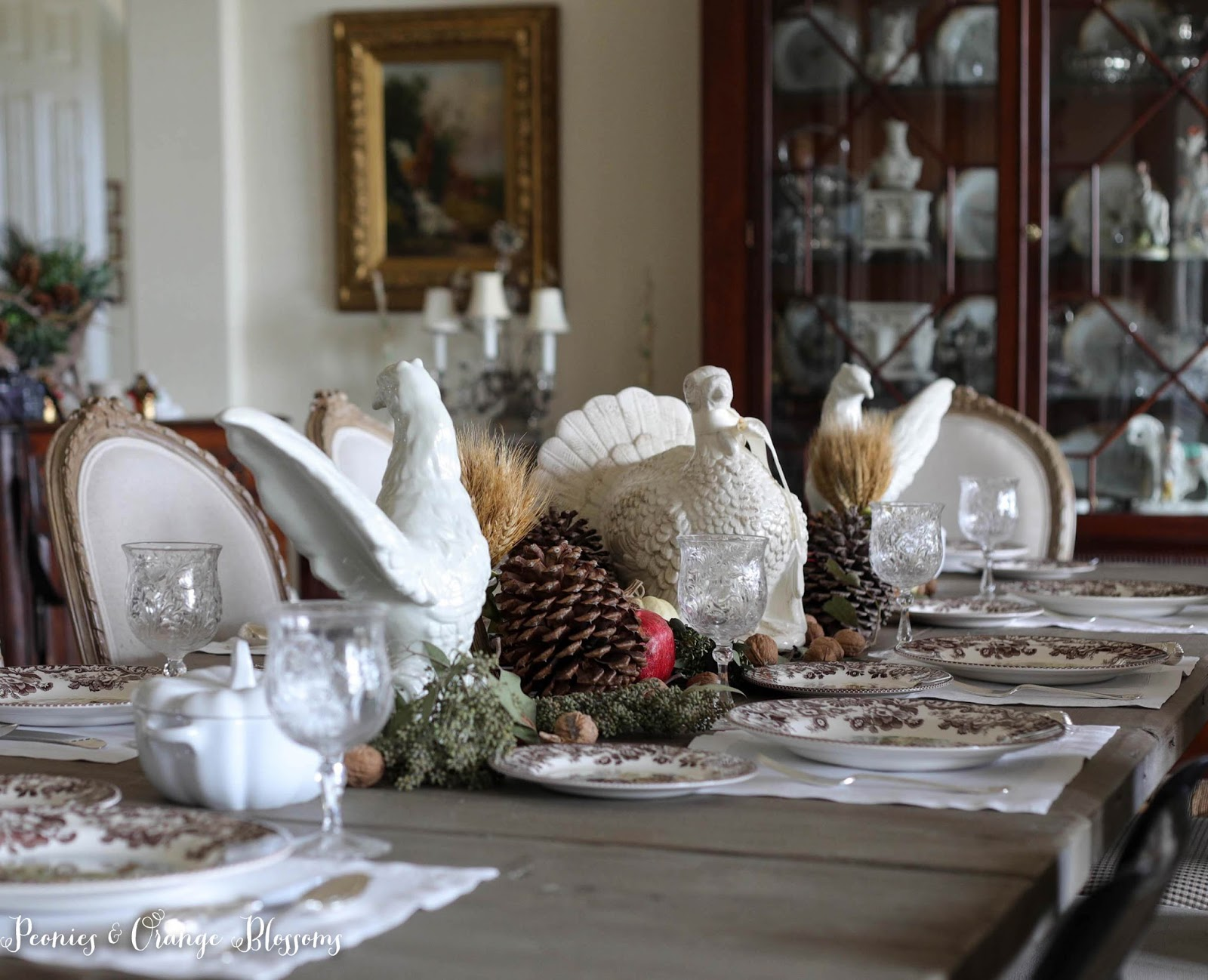 Natural Farmhouse Thanksgiving Table with spode Woodland plates