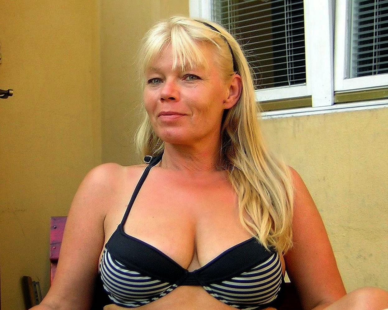 I love mature women-7592