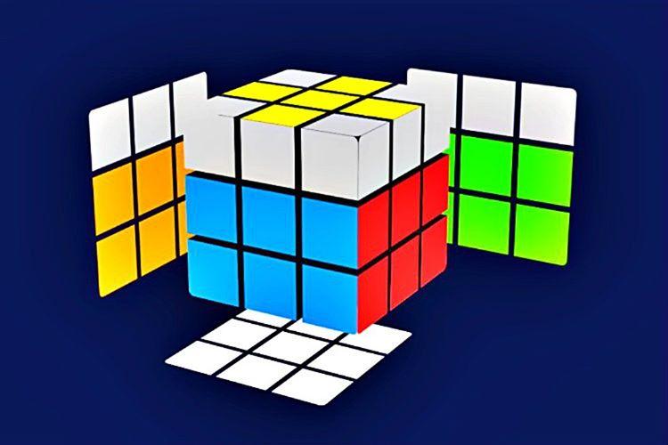 Öncelikle 3x3'lük Rubik Küp'ün sarı kısımlarında bir sarı çarpı işareti oluşturmalısınız, daha sonra diğer adımlara geçebilirsiniz.