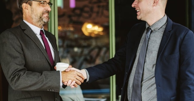 how to make good first impression business meeetings