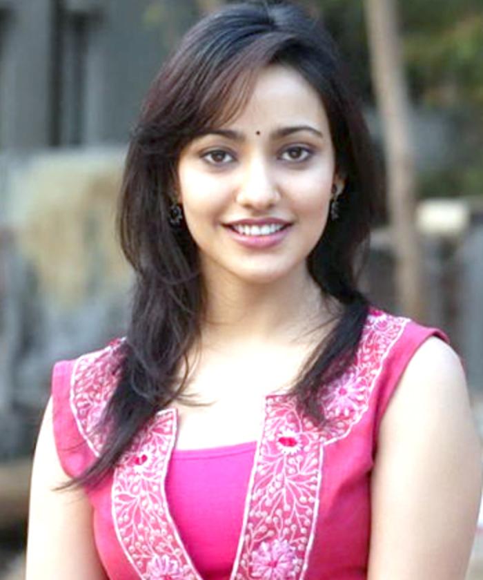 Bollywood Hindi Movies 2018 Actor Name: Neha Sharma Wiki, Height, Weight, Age, Husband, Family And