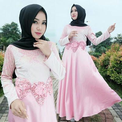Model Baju Pesta Renda Panjang Hijab Paling Hits Tahun Ini