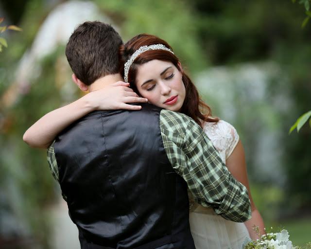 bride+groom+peter+pan+themed+neverland+wedding+tinker+bell+fairytale+princess+wendy+darling+captain+hook+fairy+dust+green+rustic+andy+sams+photography+23 - Neverland