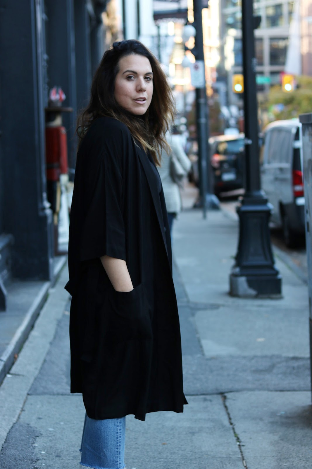 Frank and Oak Women robe coat kimono outfit vancouver fashion blogger red boots levis wedgie jeans
