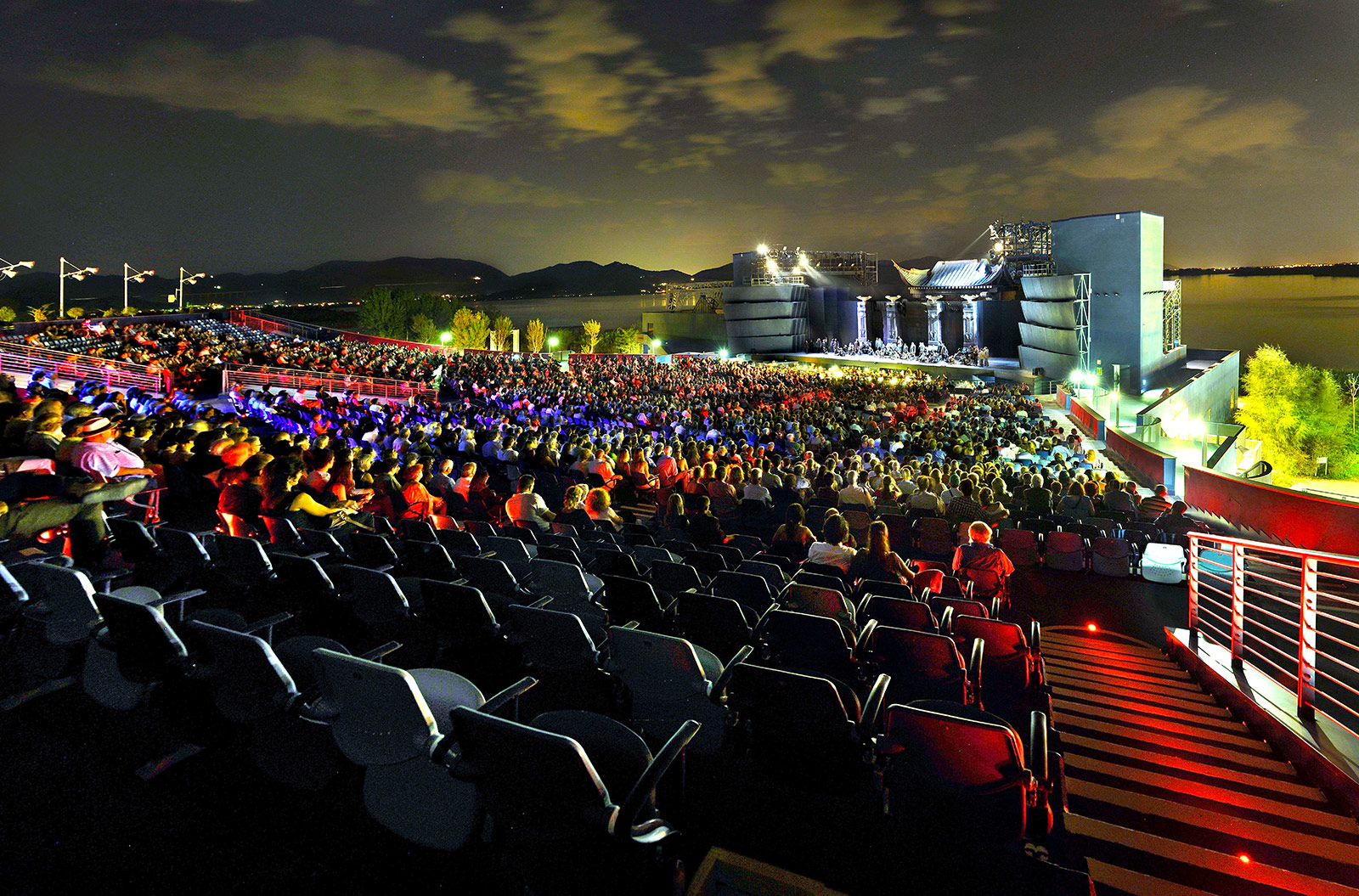 It's Opera Giacomo, but not as we know it - Turandot at Torre del Lago