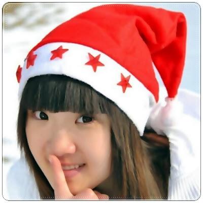 Topi Santa Claus Lampu LED Warna Merah