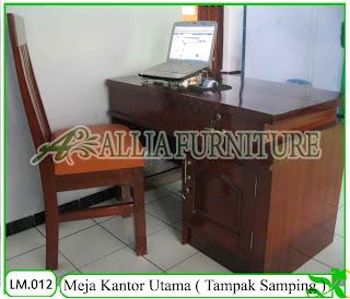 Meja Tulis Kantor Klender Utama Tampak Belakang