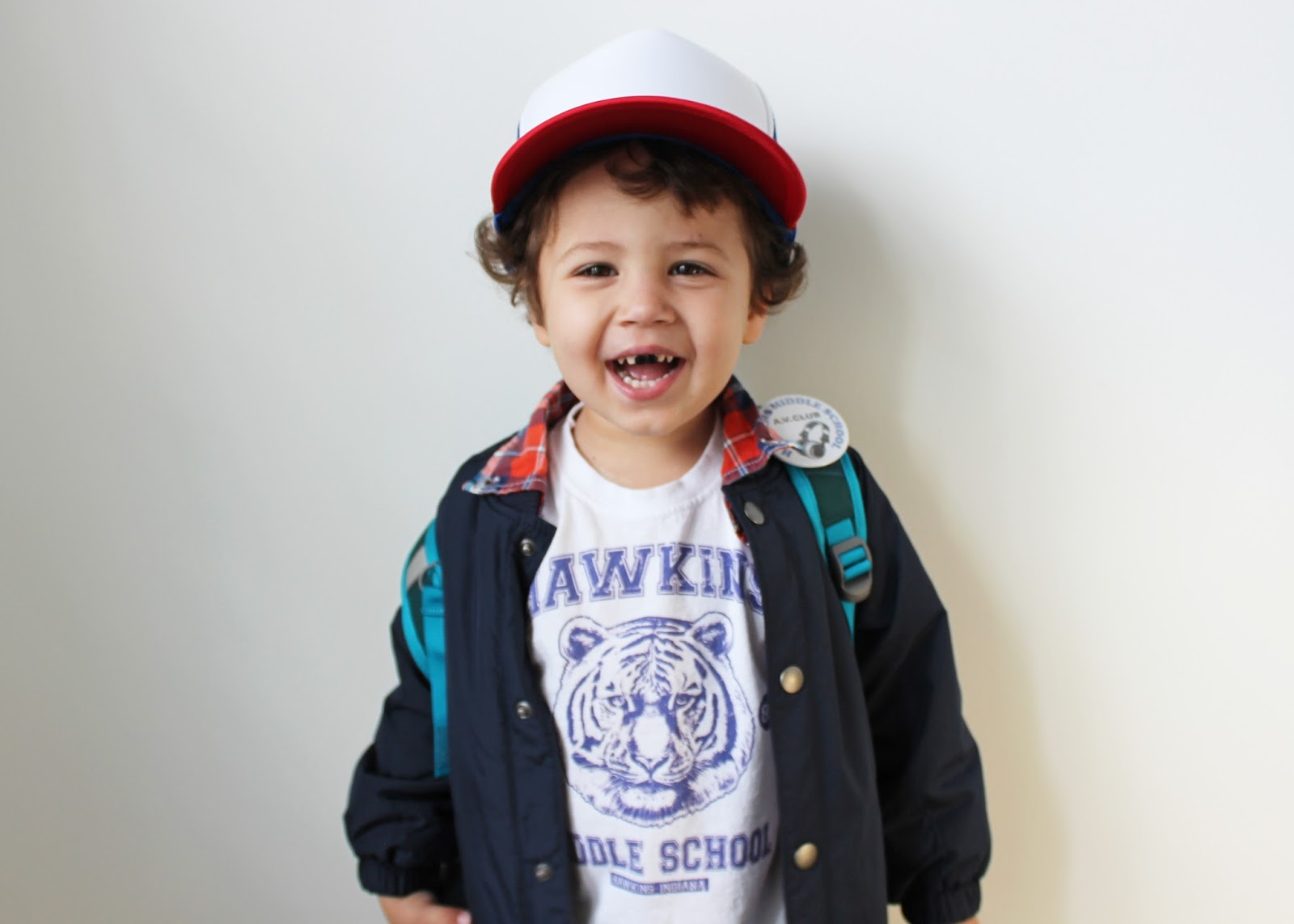 DIY HALLOWEEN COSTUME FOR LITTLES – DUSTIN, STRANGER THINGS