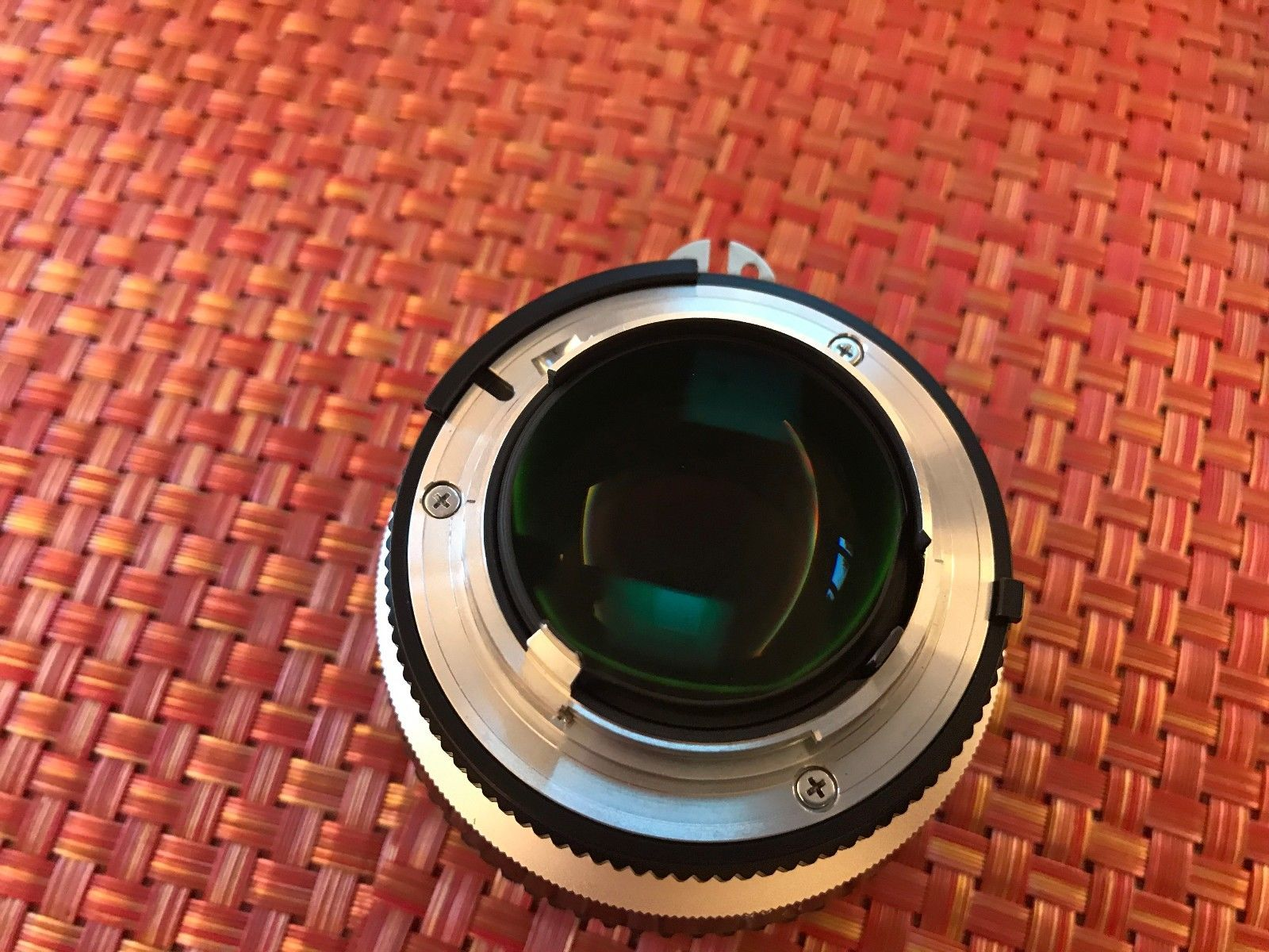 Nikon Noct-Nikkor 58mm f/1.2, вид сзади
