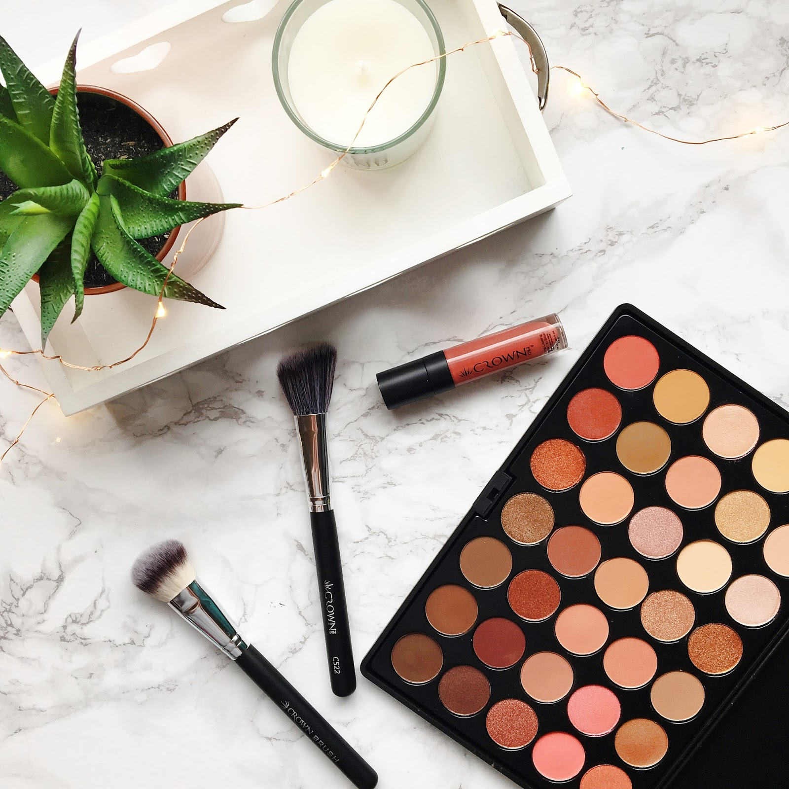 As Told By Kirsty: Crownbrush | Rose Gold Eyeshadow Palette