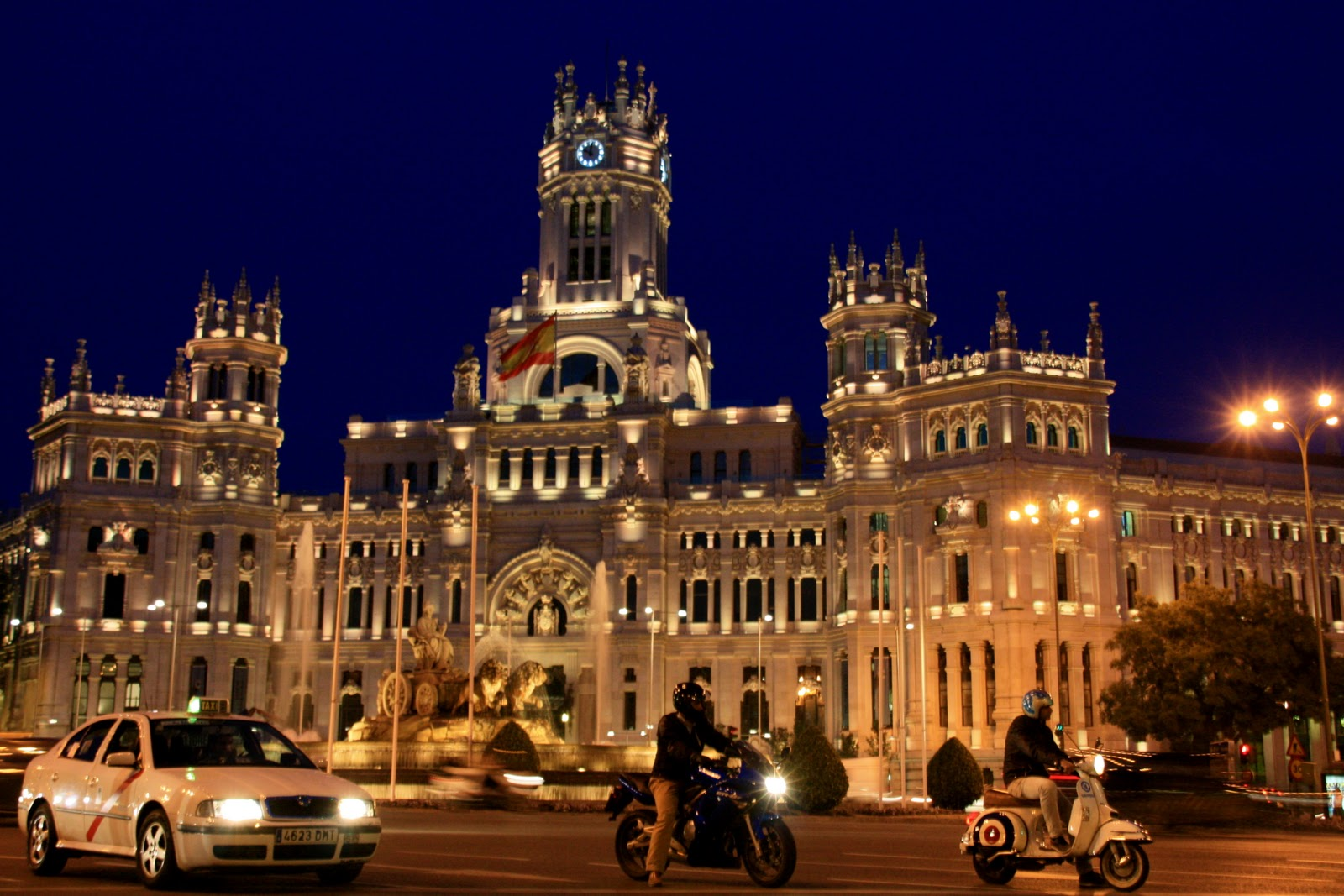 The Adventures of Peg: Madrid at Night