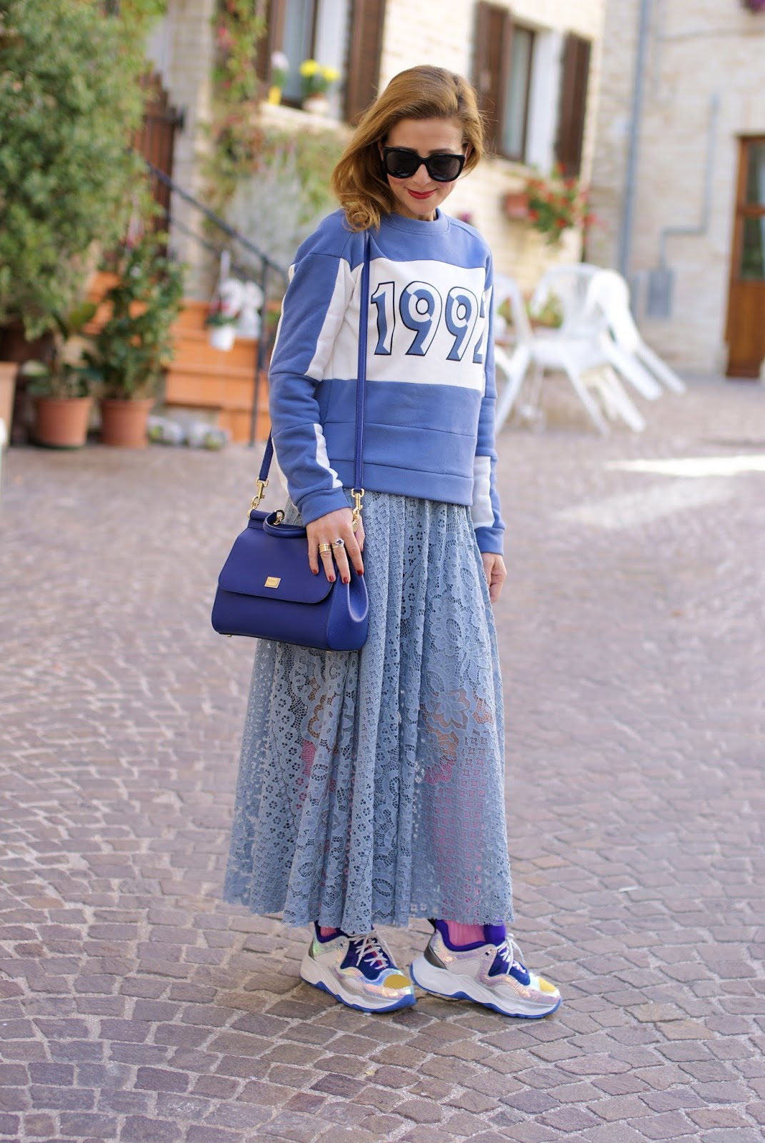 Lace maxi skirt and chunky Fabi LAMaxi sneakers on Fashion and Cookies fashion blog, fashion blogger style