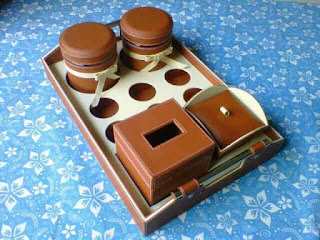 tray set toples warna coklat